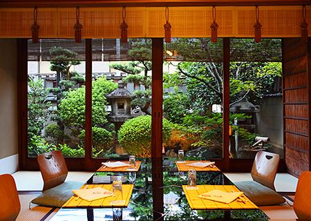 Ozashiki (Private Tatami Room)